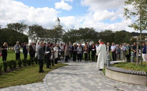 Frå vigslinga av nye felt på Bjerkreim kyrkjegard
